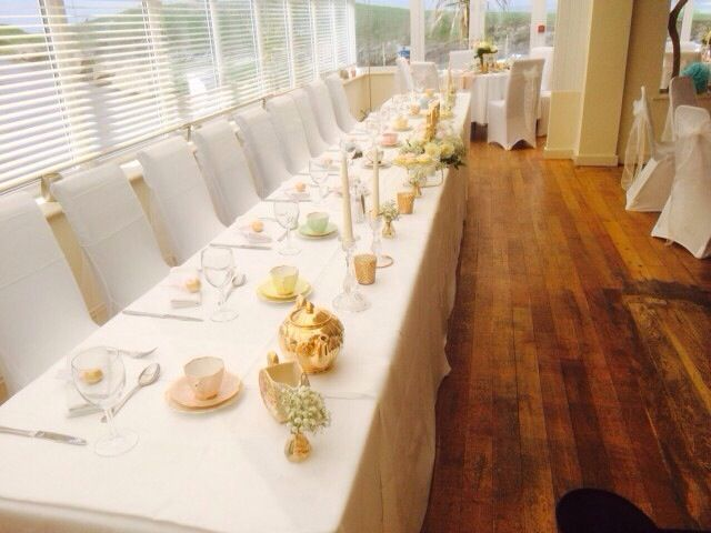 Laura & Alex Vintage Top Table