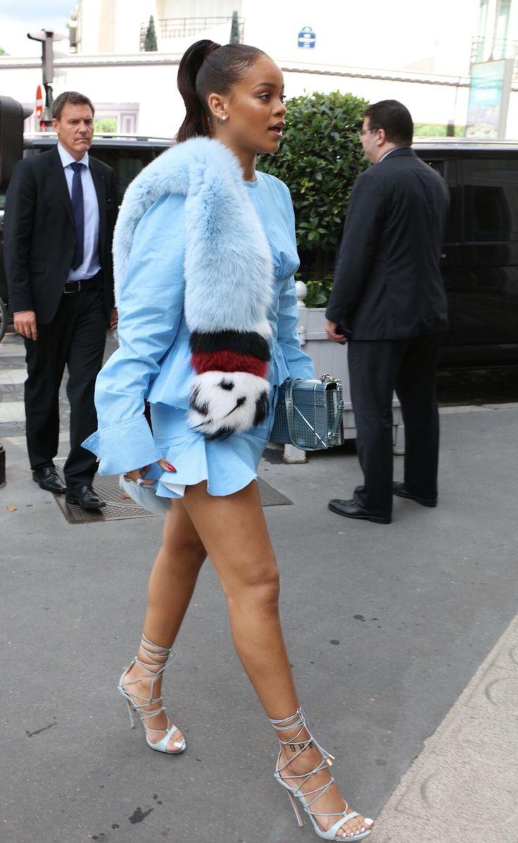 Rihanna Paris 2016 Colette pop up shop street style fashion fenty badgalriri