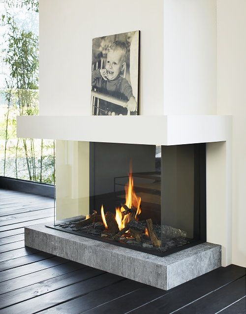 Contemporary Fireplaces For Luxury Living Rooms: Three-sided Modern Fireplace