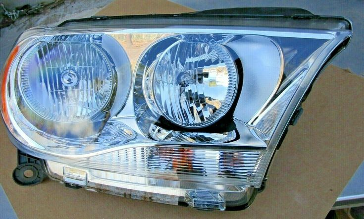 2011 2013 Dodge Durango Rf Headlight W Bulbs Genuine Mopar Part 55079366ac In 2020 Dodge Durango 2013 Dodge Durango Mopar