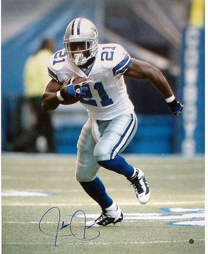 Julius Jones Cowboys Action 16x20 (TRI Auth)