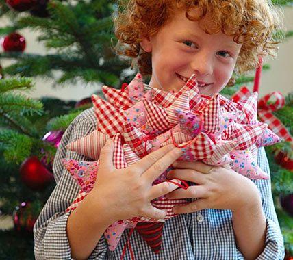 Weihnachtssterne aus Stoff