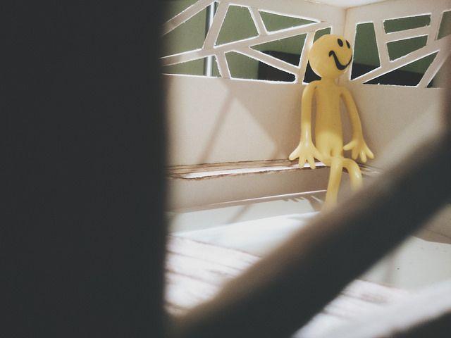altana |  little yellow man