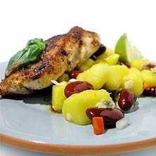 Stekt kyckling och mangosalsa med röda bönor
