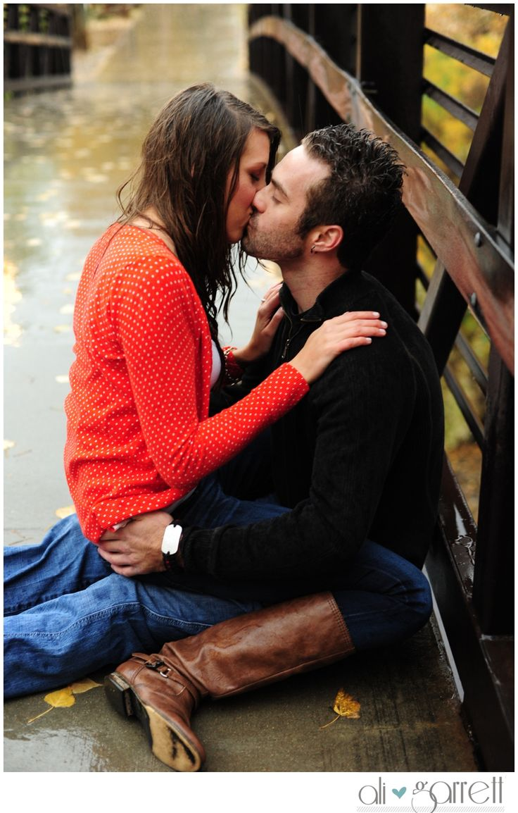 Such a cool engagement shoot in the rain. photos by Ali Brannan Photography