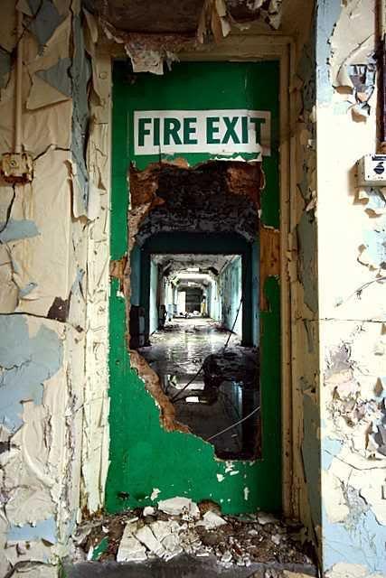 Cane Hill, abandoned asylum - Writing inspiration #nanowrimo #scenes #settings