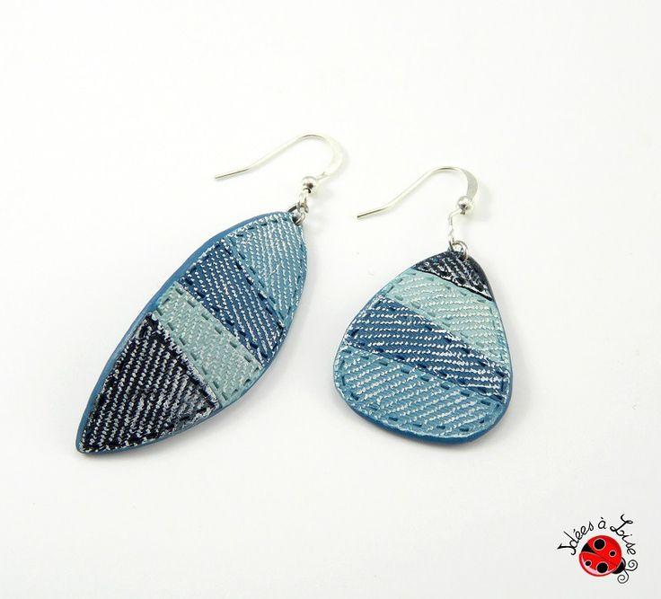 Boucles d'oreilles asymétriques imitation jean bleu : Boucles d'oreille par ideesalise
