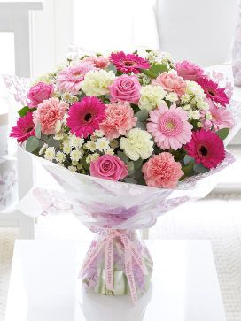 i know my mum would love the Pretty Pink Hand-tied bouquet #MyInterfloraMum
