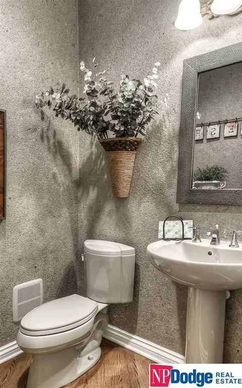 Best 25 Beveled Mirror Ideas On Pinterest Silver