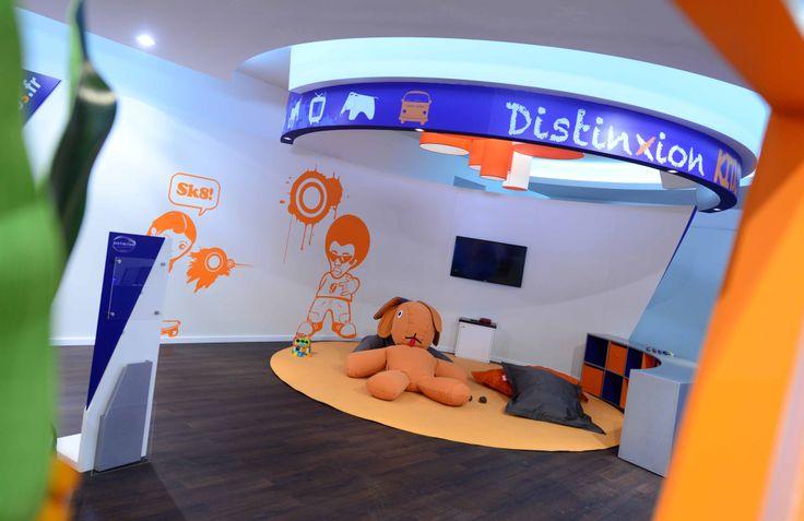 Am nagement d 39 un espace enfant sur le show room distinxion inpulsion - Amenagement espace enfant ...