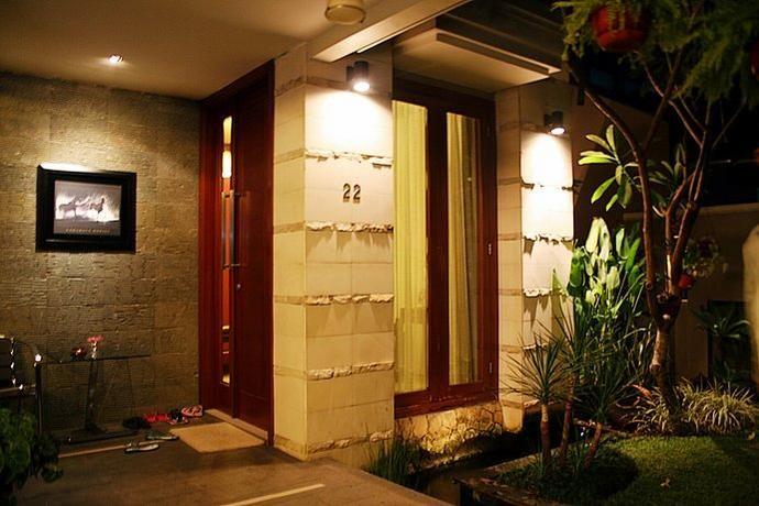 teras rumah minimalis dengan batu alam 20 Inspirasi Teras Rumah Minimalis 2013