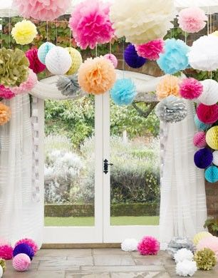 paper garlands party ideas pinterest pom poms pom pom decorations and wedding pom poms. Black Bedroom Furniture Sets. Home Design Ideas
