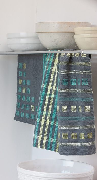 Go There Now Designer: Susan E. Horton Equipment: Rigid-heddle or 2-shaft loom with 20″ weaving width, 12-dent heddle/reed, 2 shuttles,…