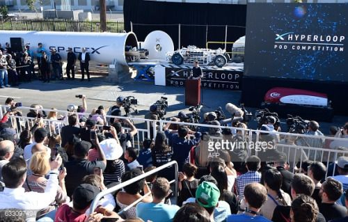 01-31 SpaceX CEO Elon Musk© speaks during the SpaceX... #mnisekpodbrdy: 01-31 SpaceX CEO Elon Musk© speaks during the… #mnisekpodbrdy