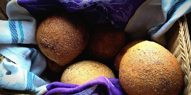 Автор рецепта делится секретами и оригинальной рецептурой выпечки натурального литовского хлеба в домашних условиях