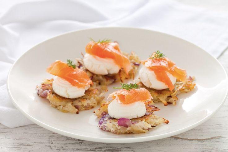 Rosti di patate con salmone affumicato e formaggio