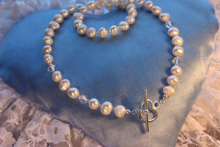 Wedding Jewelry. Sterling silver and freshwather pearls. Handmade by Kultaseppä Sanna Hytönen, Finland. http://www.kultaseppasannahytonen.com/