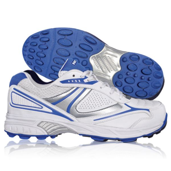 Buy sports shoes online ‪#‎isupersport‬ ‪#‎sportshoes‬ Isupersport.com and get great deals on cricket shoes, football shoes, tennis shoes and badminton shoes. Order sports shoes online from the convenience of your home, pay by card or cash on delivery. Get delivery within 3 days.