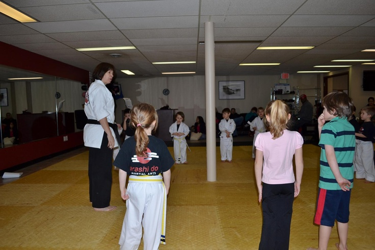Sensei Lynn doing an introduction class for new students!
