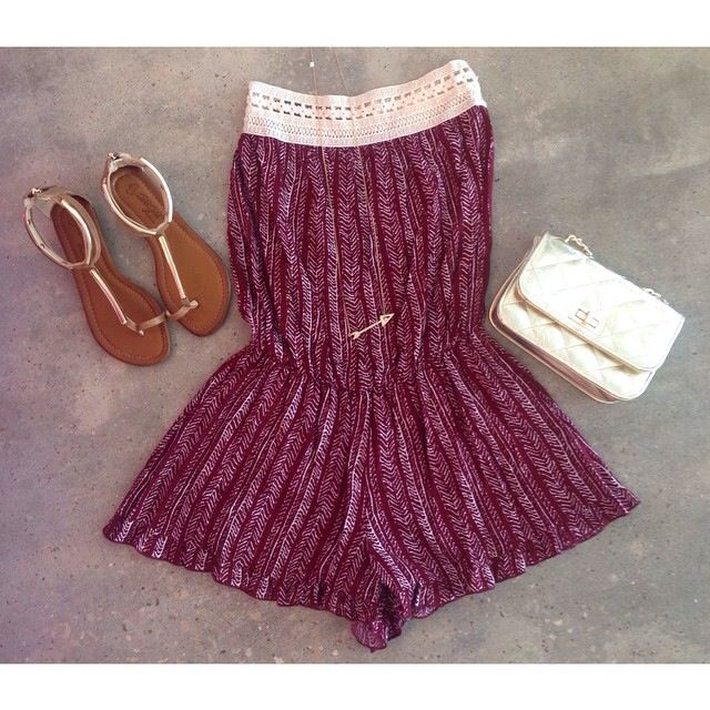 Get all of your game day outfits for fsu games at Henri girl boutique or online at henrigirl.com ❤️
