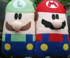 Almofadas Mario e Luigi