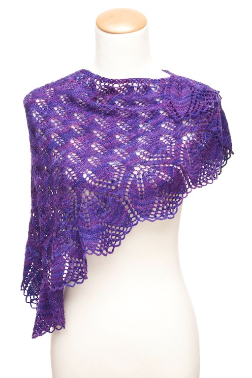 Knitting: Haruni lace shawl free knitting pattern | Lace Shawl Knitting Patterns at http://intheloopknitting.com/lace-shawl-and-wrap-knitting-patterns/