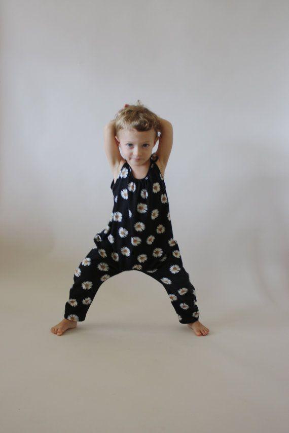 NEW Roo Romper / PDF sewing pattern / Children's von OonaPatternCo