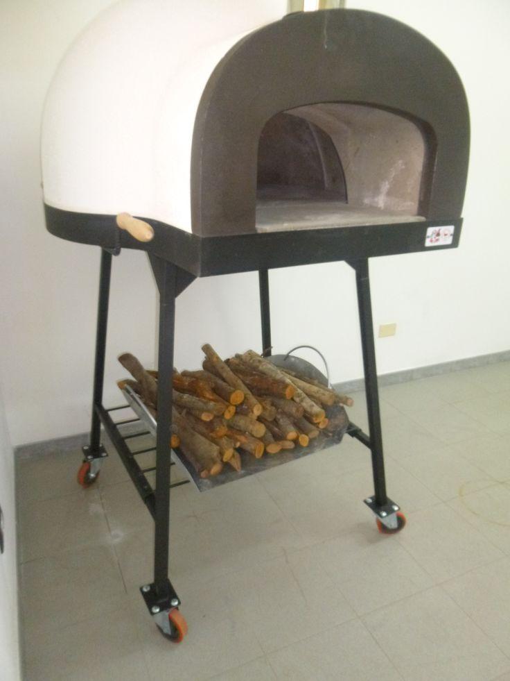 #ziociro #subitocotto #woodoven #woodfiredoven #pizzaoven #fornoalegna ready for the challenge - pronto per la sfida