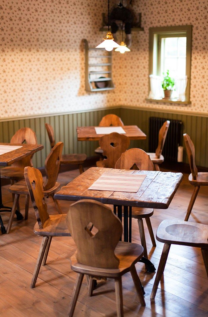 Kahvila Prännäri Koiramäessä. Coffee house Prännäri at Doghill. #särkänniemi #tampere, visit: http://www.sarkanniemi.fi