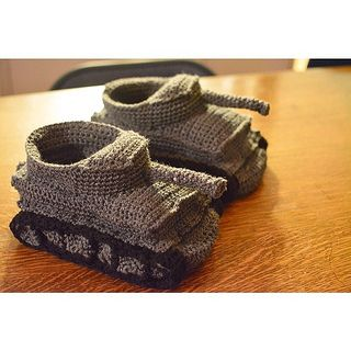 Knitting Pattern For Army Tank Slippers : Panzer Slippers Pattern (Tiger I) pattern by Miligurumis