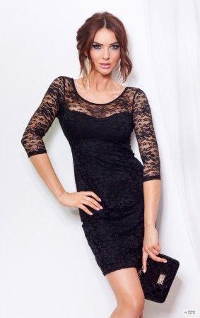 Fekete estélyi ruha