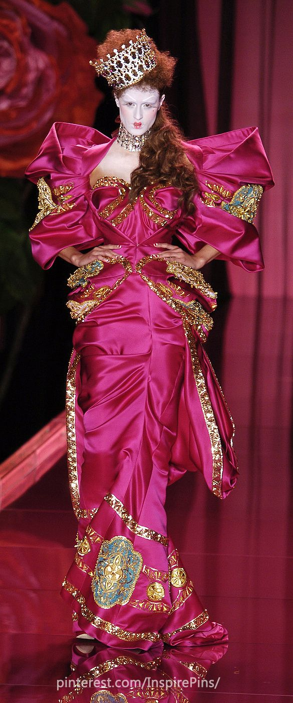 John Galliano for The House of Dior,  Autumn/Winter 2004, Haute Couture