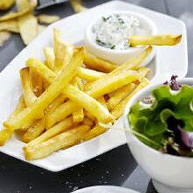 Fries with Yoghurt Dip