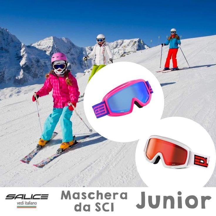 Stai cercando l'abbigliamento da #sci per tutta la #famiglia? Abbiamo le #mascheredasci #junior di Salice Occhiali! Colorate, sicure, protettive #settimanabianca