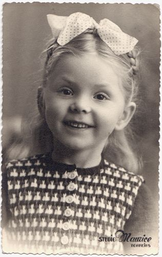 +~+~ Vintage Photograph ~+~+  Cutie Patootie Girl
