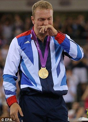 Chris Hoy cycling legend, another gold.