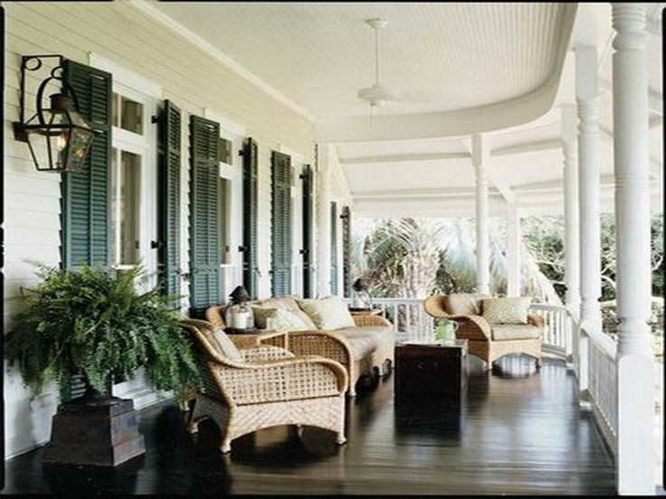 Beautiful southern porch......try this! Delaware Putty 240, Cloud White OC-130, & Essex Green. Ben moore