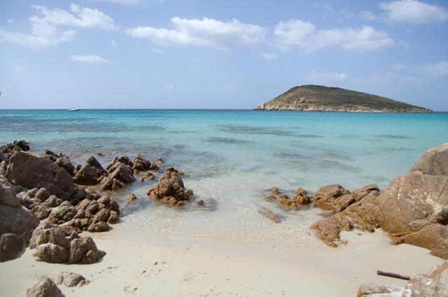 Beautiful Tuerredda in Sardinia, Italy, reminds of beaches in the Caribbean!