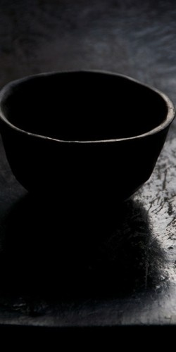 Black - Bowl - Simplicity - Photography