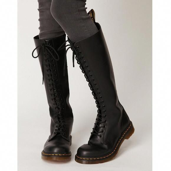 Doc Martens What Are They And How Do You Wear Them Boots Fashion Shoe Boots