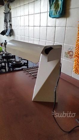 lampada-da-tavolo-anni-70-design-g-grepo