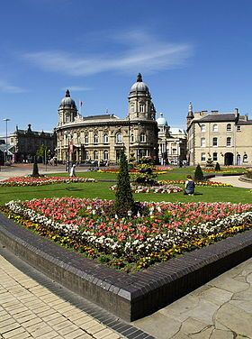 queens gardens showing the whaling museum in my home town of Hull