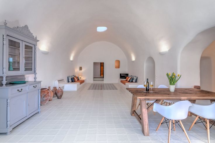 private villa, santorini, old canava, tradition, renovation, living room