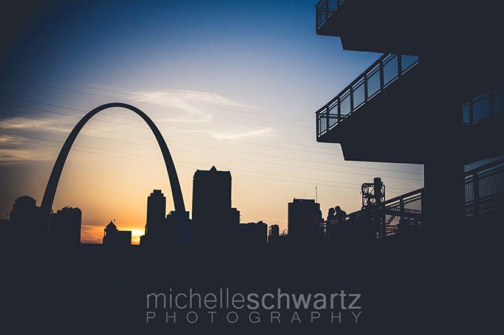 Engagement Shoot Ideas - St. Louis Photographer | Engagement | sunset | STL arch | silhouette | Michelle Schwartz Photography  http://michelleschwartz.zenfolio.com/