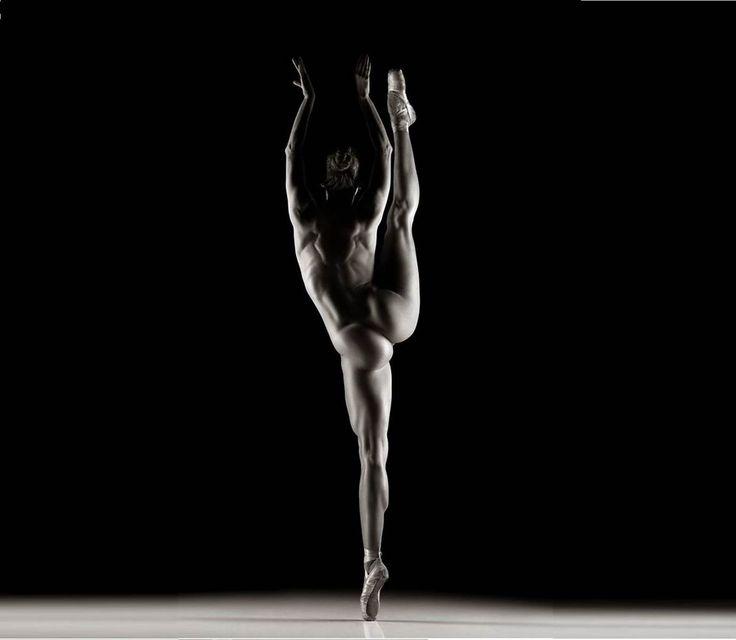 Nádherné fotografie: Nahá baletka ukazuje krásu ženského těla!   Fotogalerie   Bety.cz