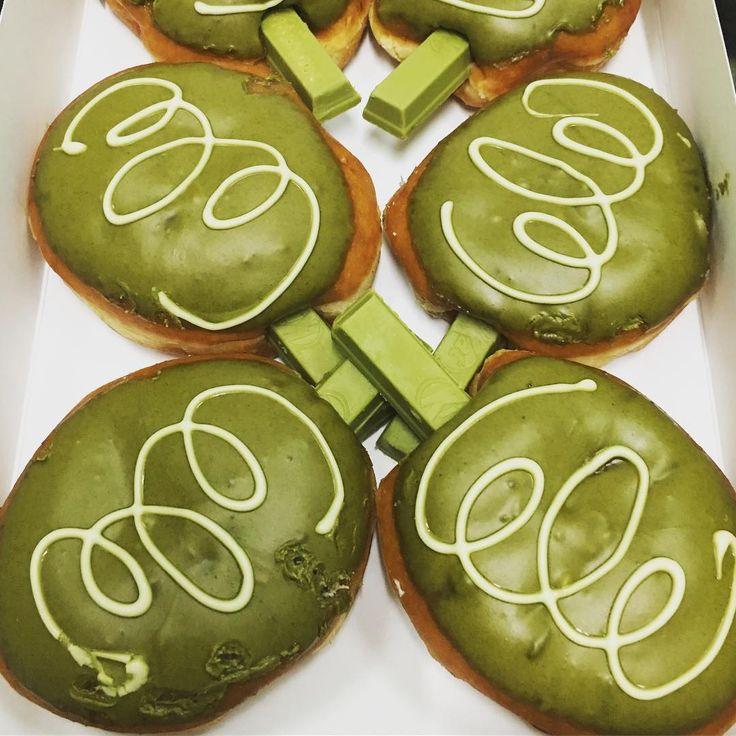Philippines — Green Tea Kit Kat Donut   International Krispy Kreme Doughnuts   POPSUGAR Food