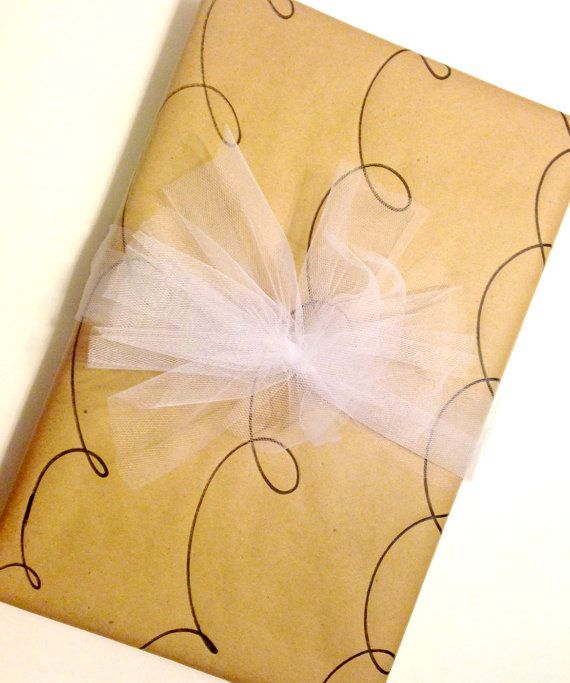 Ready for your gift!!! Wrapped apparel box with kraft wrapping paper and tulle. So pretty!