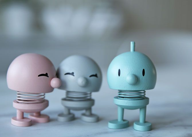 These cute pastel colored guys and girls are calledHoptimists #hoptimist #wood #pastel