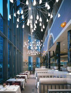 Spiaggia, Chicago - One of best Italian Restaurants | www.bocadolobo.com #bocadolobo #luxuryfurniture #exclusivedesign #interiodesign #designideas #bar #luxuryrestaurant #luxurylifestyle #luxury #highendrestaurant #restaurantdesign #dinner #luxurydinner #restaurant