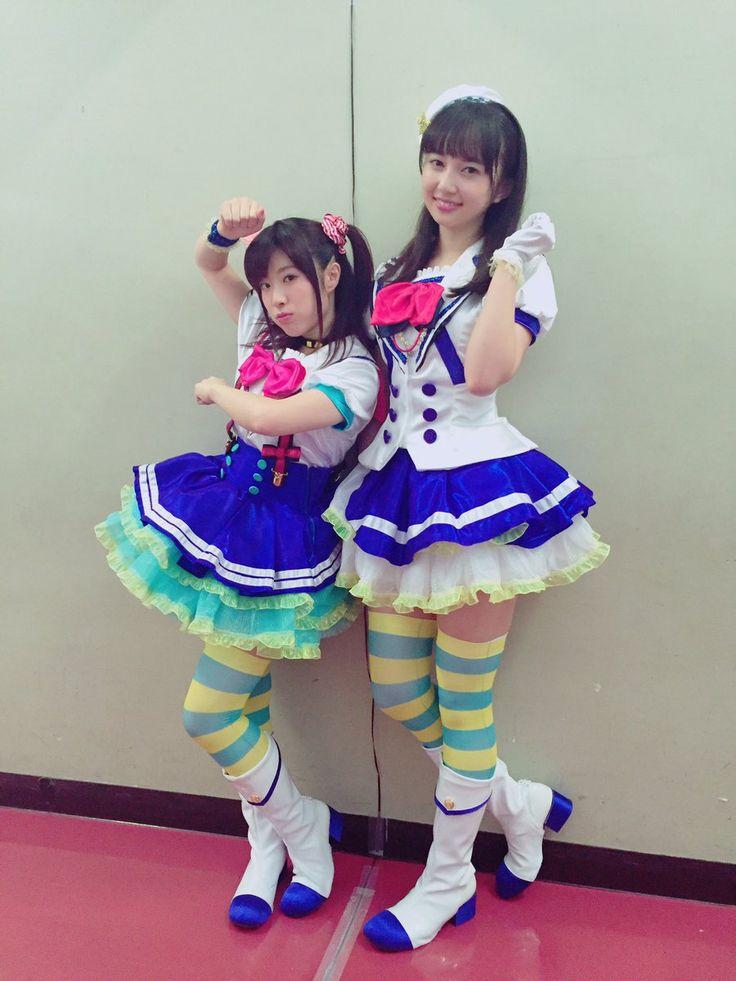 小宮有紗official @box_komiyaarisa 8月1日 お姉ちゃんも載せちゃいますっ イヤリングとってもお気に入りです^ ^ 身長差までルビィとダイヤに忠実になっております。 #黒澤姉妹